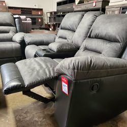 NEW, LEATHERETTE RECLINING LOVESEAT, GRAY AND BLACK, SKU#TC9210288. for Sale in Westminster,  CA