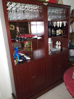 BEAUTIFUL China Cabinet w/Wine Holders&Light Up Mirrors for Sale in Stockton, CA