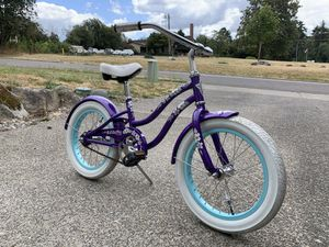 """*PENDING* Girls 16"""" Electra Cruiser Bicycle for Sale in Tacoma, WA"""