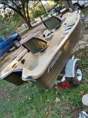 2020 Mercury 9.9 hp and 10.2 Sun Dolphin boat for Sale in Houston, TX