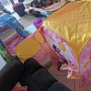 Ball Pitt, Tent W/Tunnel, & Hula Hoop for Sale in Pompano Beach, FL