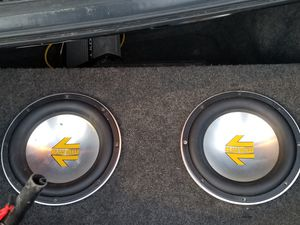 2 Polk Audio MOMO Subwoofers in slim box for Sale in Seattle, WA