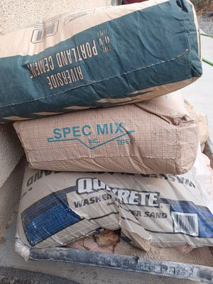 Mixed building materials for Sale in Hesperia, CA