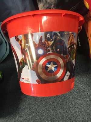 Captain America Halloween Bucket for Sale in St. Peters, MO
