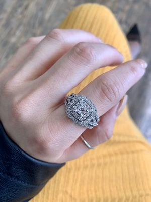 Princess diamond halo engagement ring for Sale in Dallas, TX