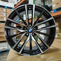 """20"""" Staggered Bmw X5 X6 Wheels New In Boxes 5 Lug 5x120 for Sale in Hollywood,  FL"""