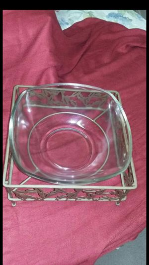 New glasses bowl with it's metal plate holder great for everything $10 for Sale in Tucson, AZ