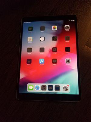 """Apple iPad Pro 10.5"""" 64GB model a1701 WiFi for Sale in Seattle, WA"""