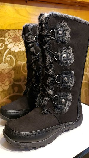 Nine West Snow Boots for girls for Sale in Jersey City, NJ
