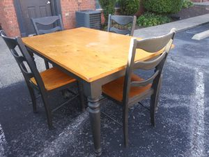 Used world market farmhouse table + chairs for Sale in Nashville, TN