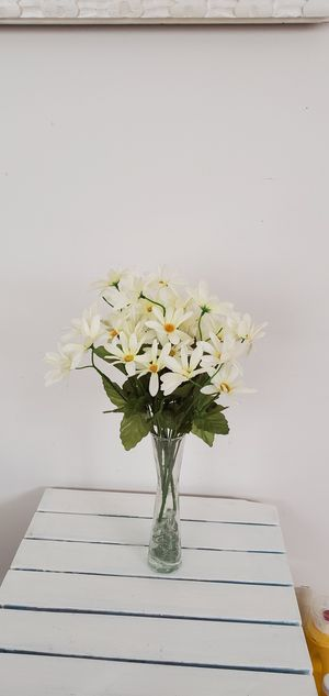 Beautiful white assorted artificial flowers. Total of 2 bunches. for Sale in Gardena, CA