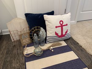 Decor and Runner Rug for Sale in Pleasant View, TN