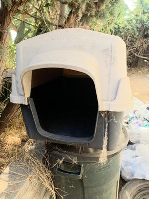 Dog House free for Sale in San Diego, CA