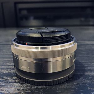 Sony 16mm Lens for Sale in Baldwin Park, CA