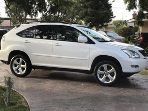 2006 Lexus RX 330 like new inside n out $6,900 for Sale in Los Angeles, CA