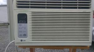 8000 BTU energy Saver LG air conditioner ice cold ready to use delivery is possible for Sale in Philadelphia, PA