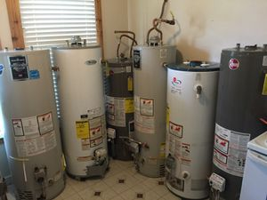 40 gallon water heaters for Sale in Houston, TX