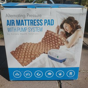 $65 ASTRATA AIR MATRESS PAD WITH PUMP for Sale in Las Vegas, NV