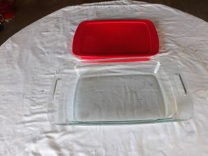 PYREX BAKING DISH WITH LID for Sale in West Covina, CA