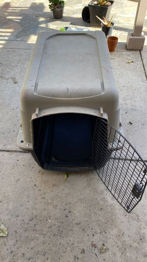 Dog crate medium size dog for Sale in Fremont, CA