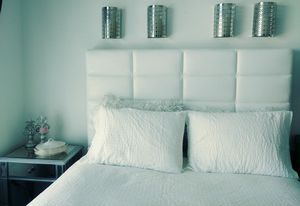 Queen headboard and bed frame for Sale in Austin, TX