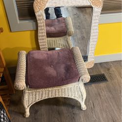 Mirror And Chair for Sale in Seattle,  WA