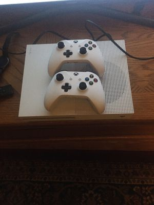 Xbox oneS 1tb for Sale in Freeville, NY
