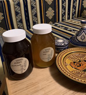 Local honey wildflower and sage for Sale in Sacramento, CA