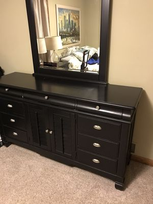 3 piece bedroom set for Sale in Naperville, IL