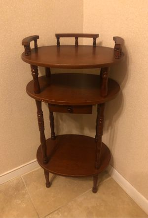 Petite Oval Wood End Table for Sale in Skokie, IL