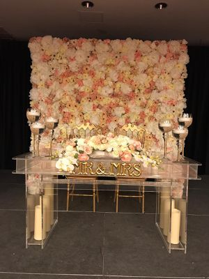 Weddings decorations for Sale in Miami, FL