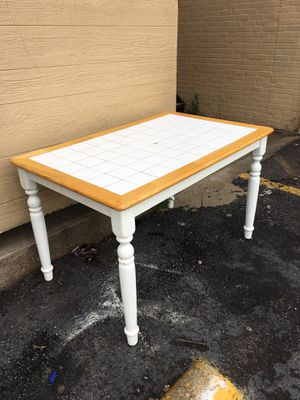 free table only for Sale in Irving, TX