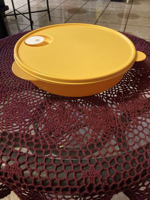 Tupperware for Sale in San Bernardino, CA