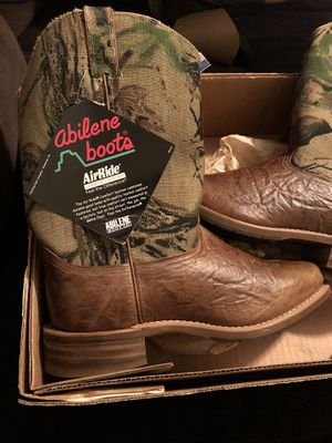 Abilene boots for Sale in Los Angeles, CA