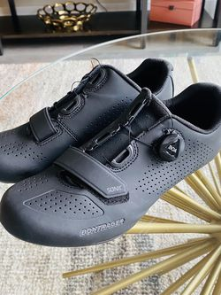 Bontrager Womens Road Cycling Shoes (size 41) for Sale in Oxon Hill,  MD