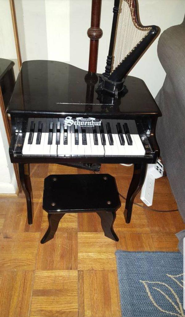 Schoenhut Mini Piano and Bench