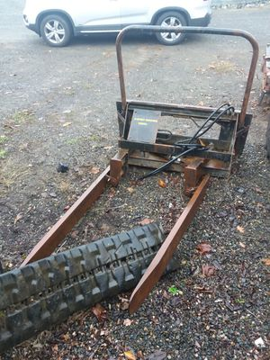 Forks for bobcat skid steer. for Sale in Brush Prairie, WA