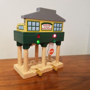 Thomas the Tank Train - Sodor Signal House - Tested for Sale in Chevy Chase Village, MD