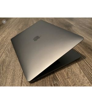 Apple MacBook Pro 2k17 With A Lock Screen for Sale in Schaumburg, IL