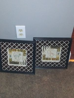 Animal Print Giraffe & Zebra Picture for Sale in Cleveland, OH