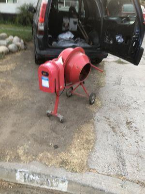 Mini Cement Mixer (read ad) for Sale in Riverside, CA