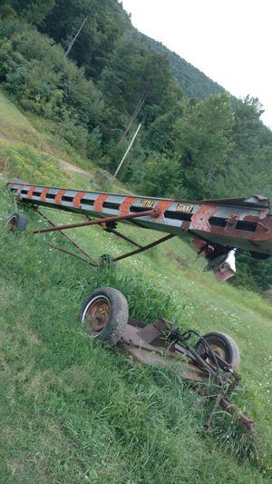 Little giant 24' elevator for Sale in Waterville, PA