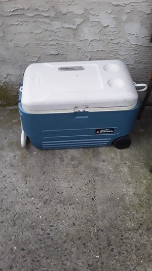 Cooler on wheels for Sale in Catasauqua, PA