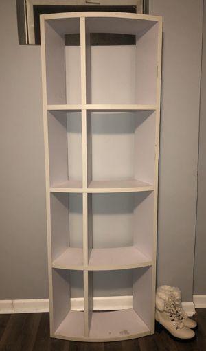 White Bookcase for Sale in Des Plaines, IL