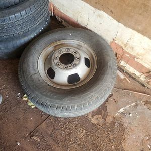 Wheel And Tires 17 Inch Dually for Sale in Grand Prairie, TX