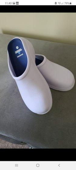 Women nurse shoes for Sale in Monroeville,  NJ