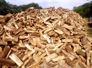 Seasoned firewood 🔥PICKUP & DELIVERY for Sale in Midland, NC