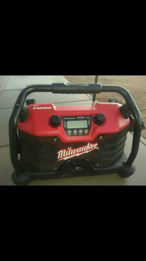Milwaukee Radio for Sale in Apple Valley, CA