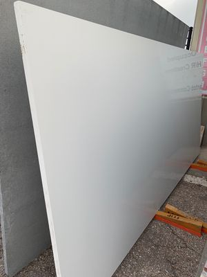Absolute white 3cm quartz $39,99 square feet fabrication and installation includes for Sale in Houston, TX