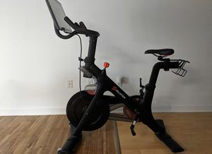 Peloton exercise bike for Sale in Washington, DC